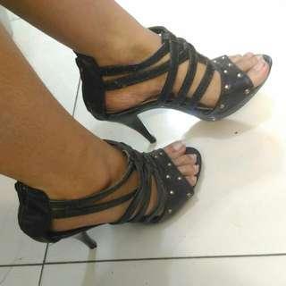 Paris High Heels