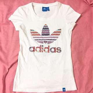 Adidas 彩色三葉草LOGO修身短袖T恤