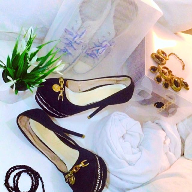 Sepatu Sale Nego Bisa Komen Aja Sist 💃🏻