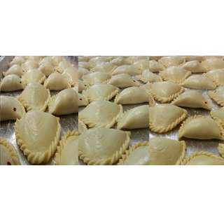 Frozen Curry Puff and Bake Curry Pie Supplier > 9881 3552 For Business use .. Hot Product selling in you Cafe , Eating house , Bubble Tea shop, canteen , Hawket , coffee shop...