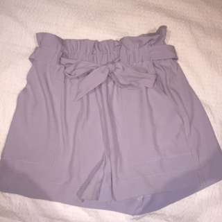 Violet shorts flowy with ribbon