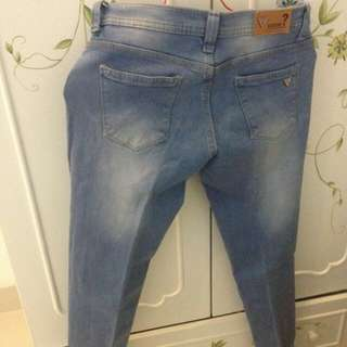 Preloved GUESS Jeans