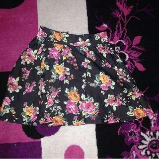 Skirt/Rok Motif Flower Besar