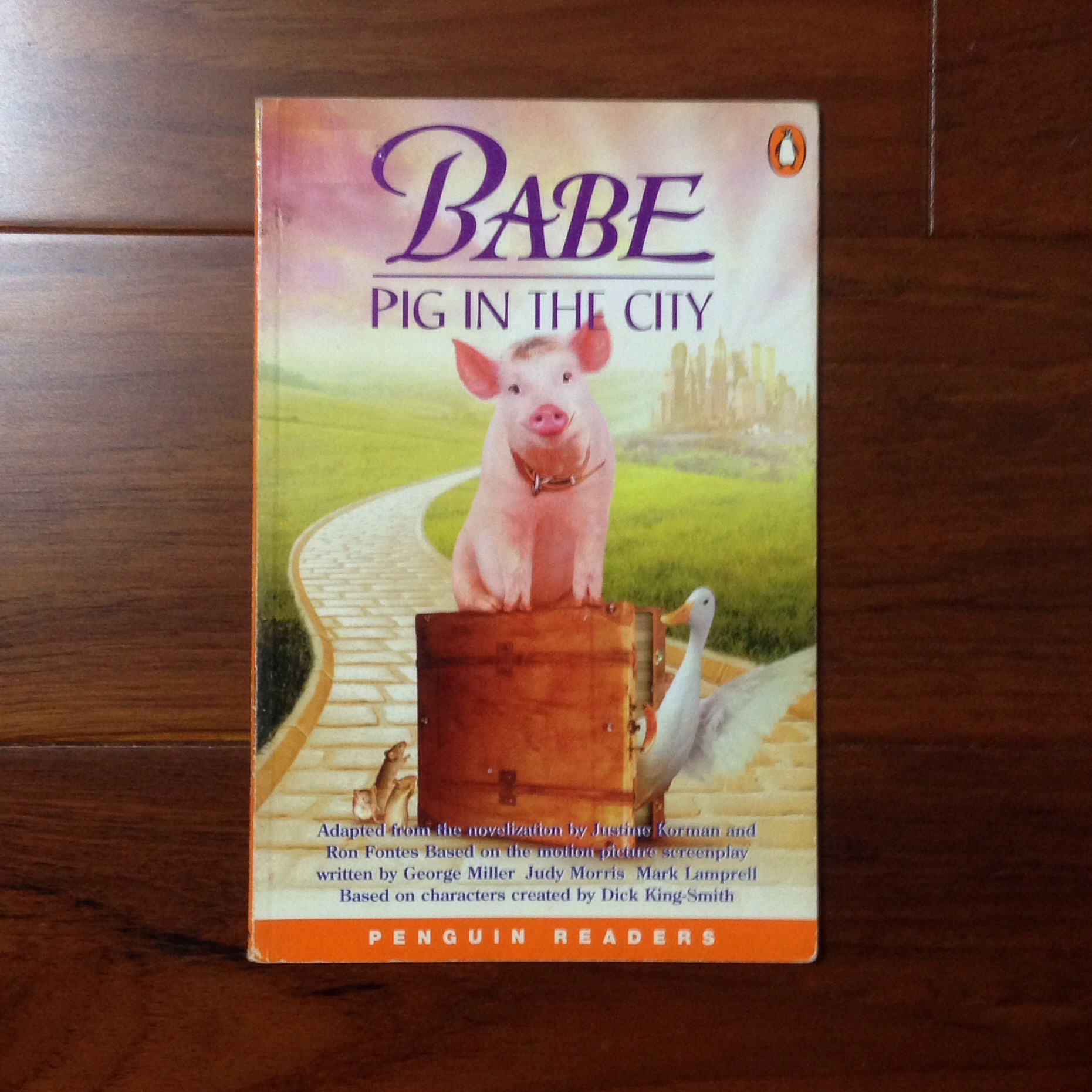 《Babe - a Pig in the City》ISBN:0582364000