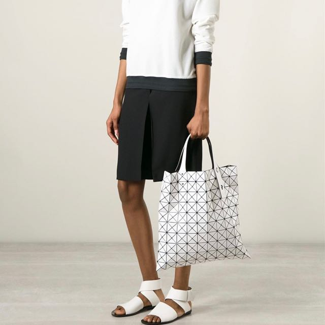 7f16e03d8457 Authentic Bao Bao Issey Miyake Prism Tote White