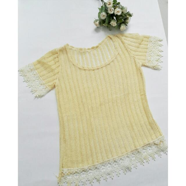 💛Belle Lace Top💛