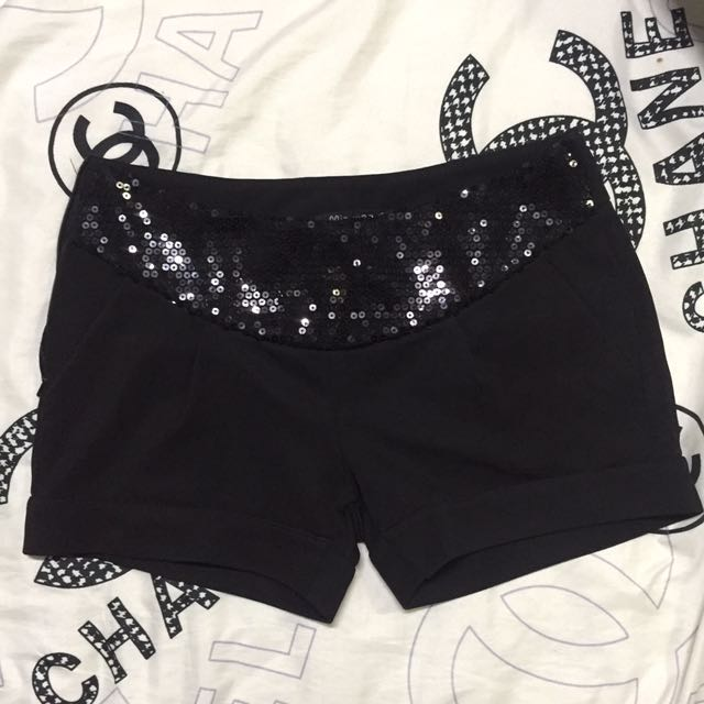 Black shorts with sequins