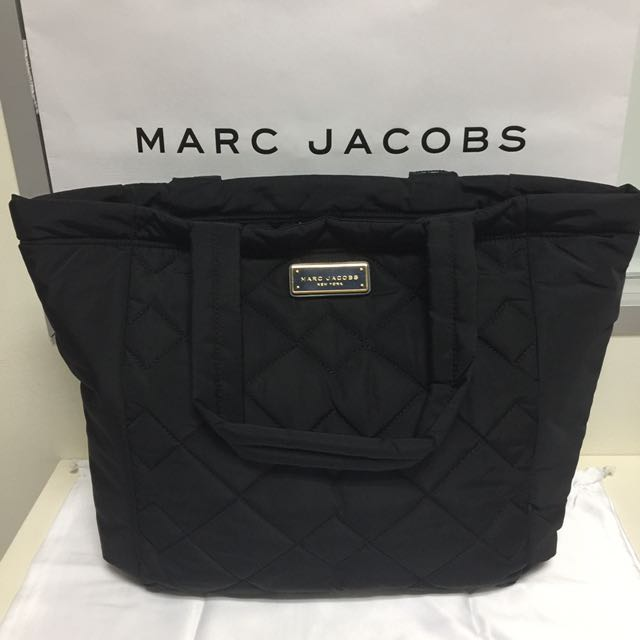 fcc8f662abb8 BN Authentic Marc Jacobs Quilted Nylon Tote Black