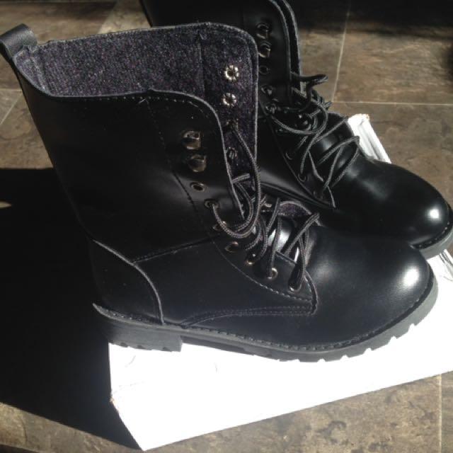 Combat Boots Size 40