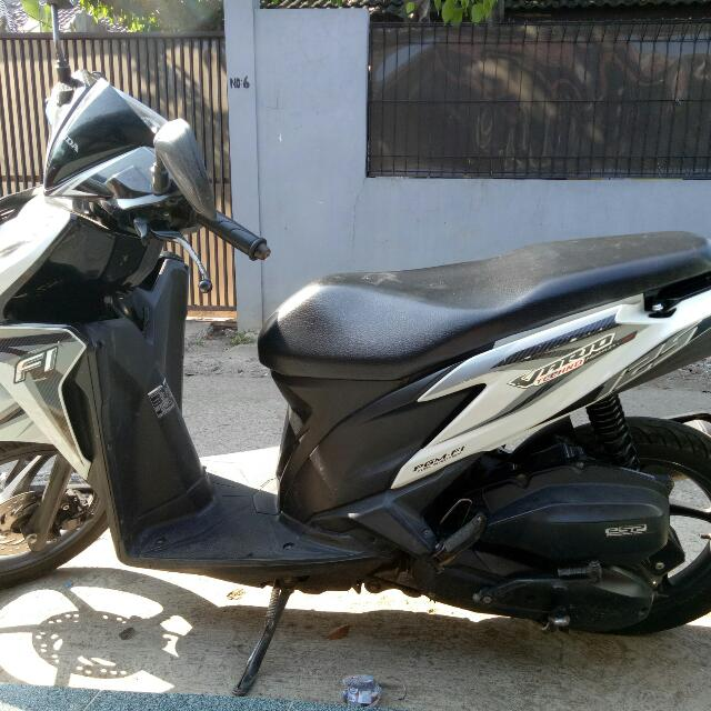 Dijual motor Vario, Th.2013, Matic, Km 26.000an, STNK dan BPKB lengkap, pajak ok. Hrg bs nego, tanpa perantara.