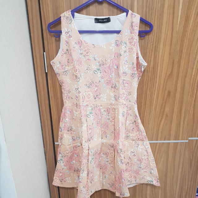 Dress bunga pastel