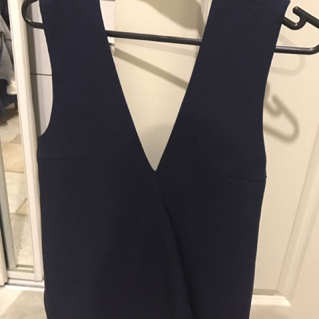 Finders Keepers Navy Top Xs