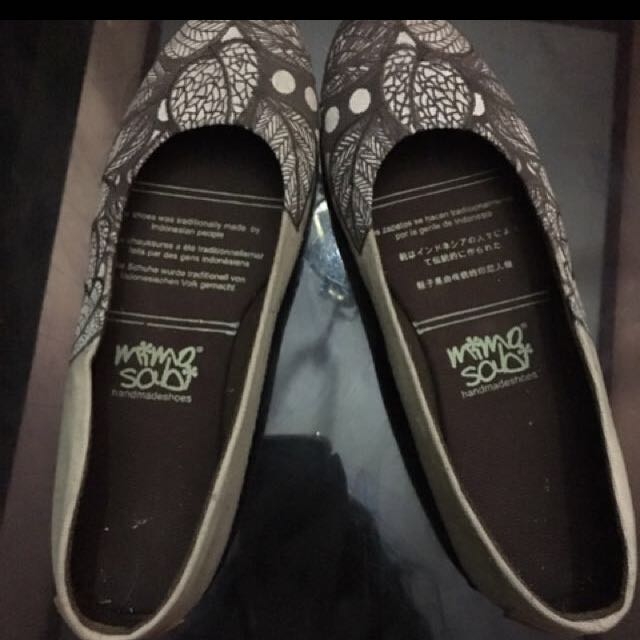 flatshoes coklat handmade