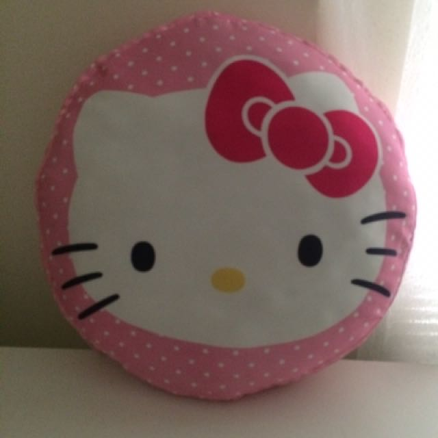 Hello kitty round cushion X2