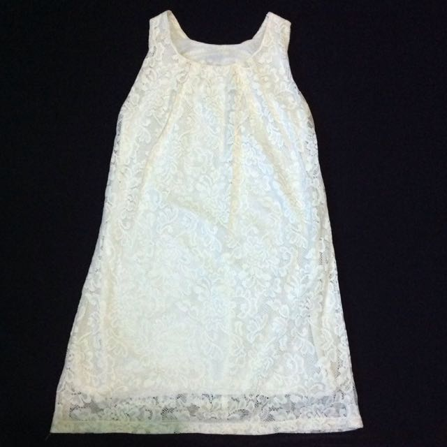 Lace Broken White Sleveless Dress (brukat)