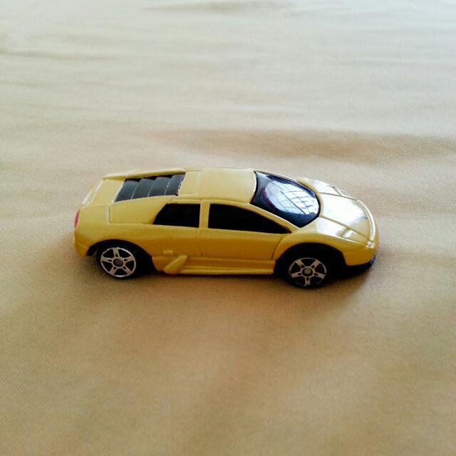 Maisto Lamborghini Murciélago Miniature Toy Car