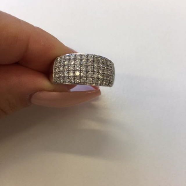Michael Hill 1ct White Gold Diamond Ring