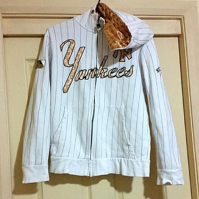 New York Yankees Baseball Jacket With Hoodie