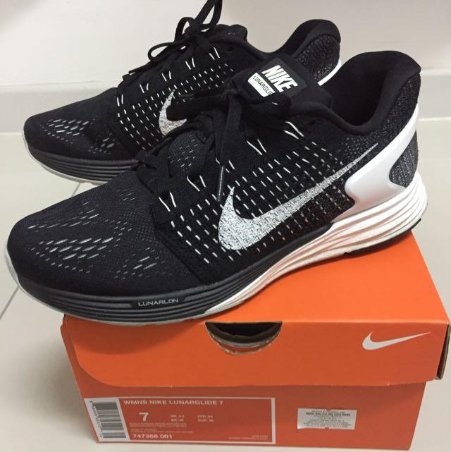 7002b9e5fe15 Authentic Nike Women Lunarglide 7 Running Shoes
