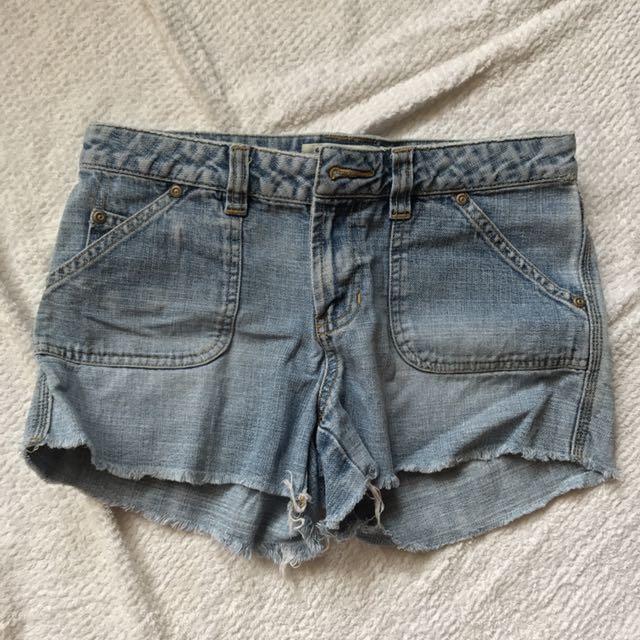 Old Navy Denim Shorts 26-28