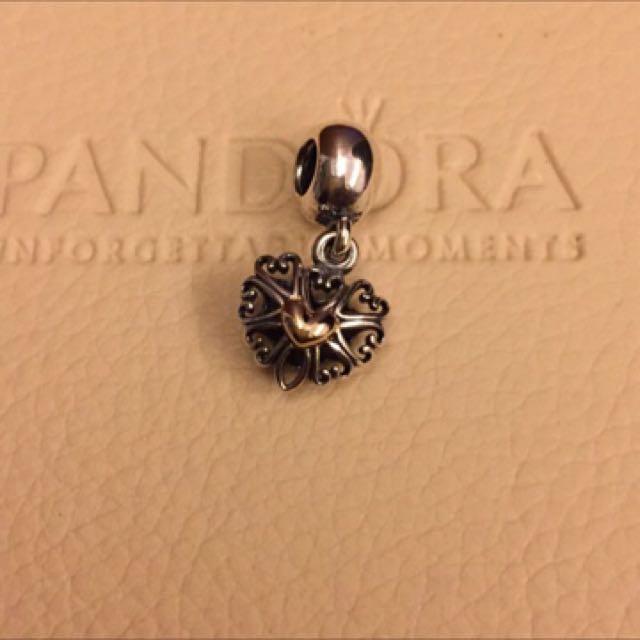 Pandora 18k鏤空愛心