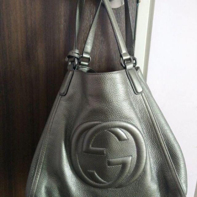 ab52614746e PRELOVED Authentic  Original Gucci Soho Metallic Leather Shoulder ...