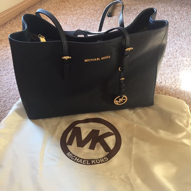 PRICE DROP! Authentic MK bag selling now for $230 original price $300