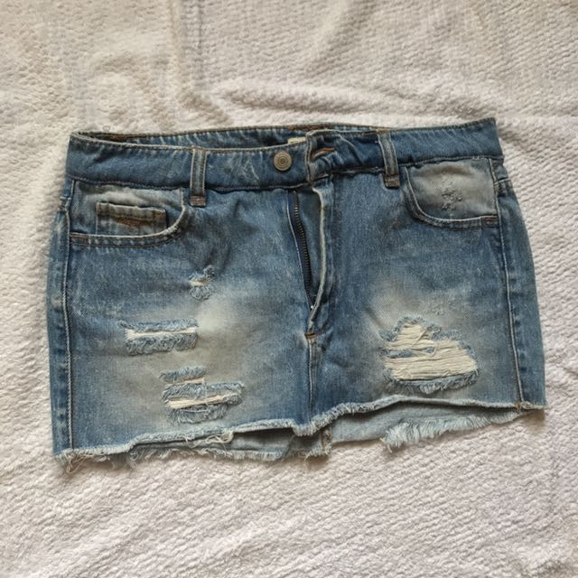 Pull&Bear denim mini skirt 24-26