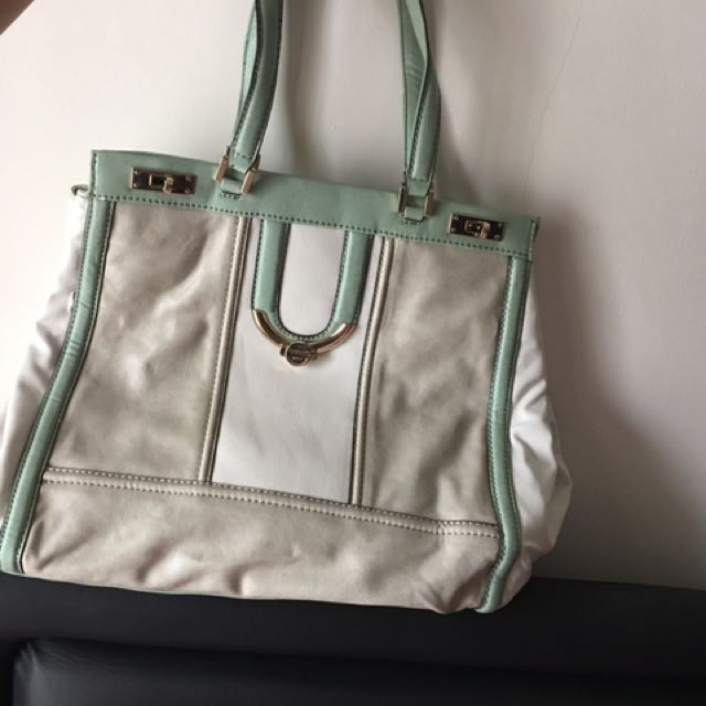 Shoulder Bag Guess