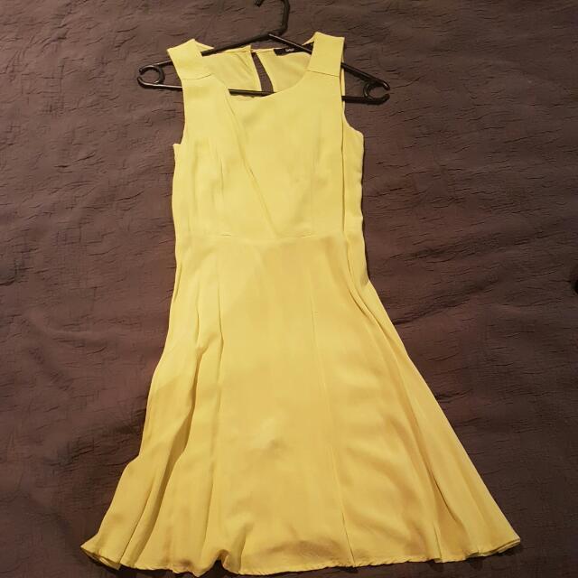 Sportsgirl Open Back Dress - Lemon - Size 6