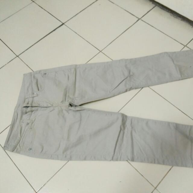 Trousers Uniqlo (chino, Celana Panjang)