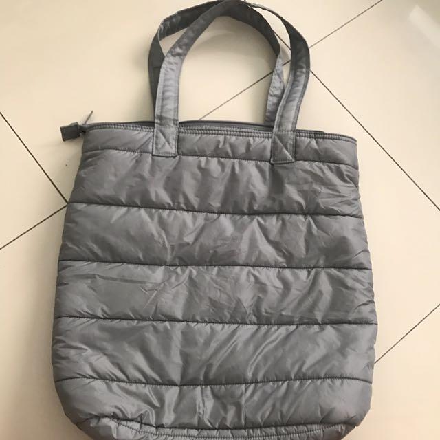 uniqlo waterproof bag grey