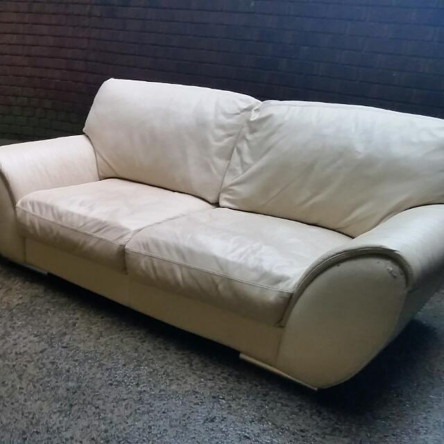 Vanilla Leather Sofa And Lounge Bundle