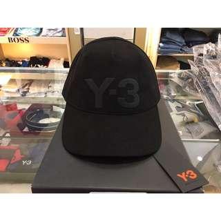Y-3黑字老帽