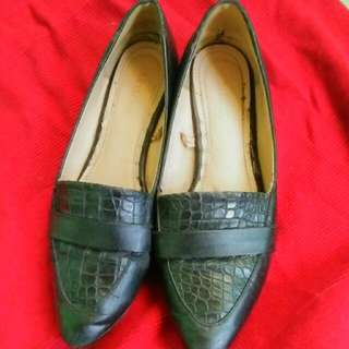 Pasirian Shoes