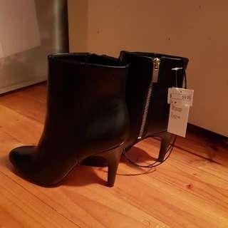 H&M Bootie