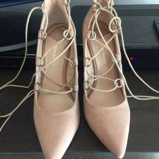Tony bianco Sz8 Nude Shoes