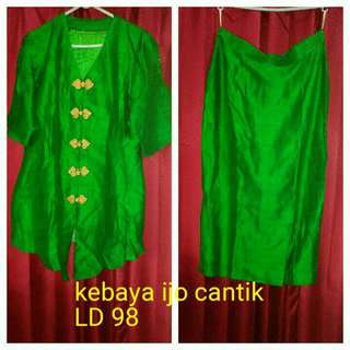 Set Kebaya Like New