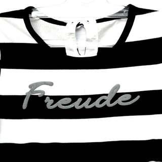 Freude Black and White