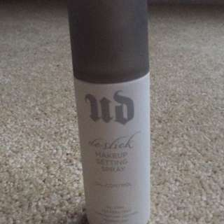Urban Decay De-slick Setting Spray