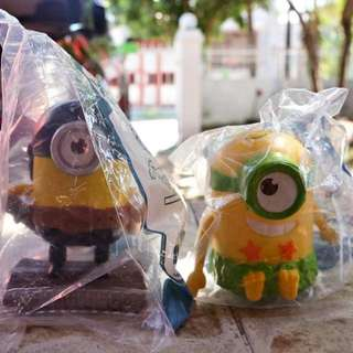 Latin America 2015 Talking Minions Happy Meal - Jurassic Minion And Flipping Pirate