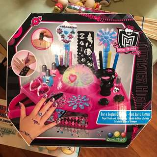 monster high nails and tattoos bar