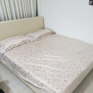 Queen Mattress With Frame