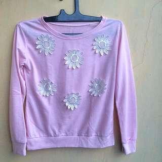 Sweater / Long Sleeve