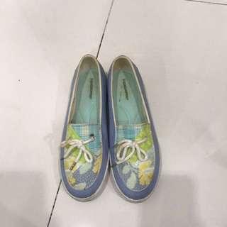 Sepatu Grasshopers