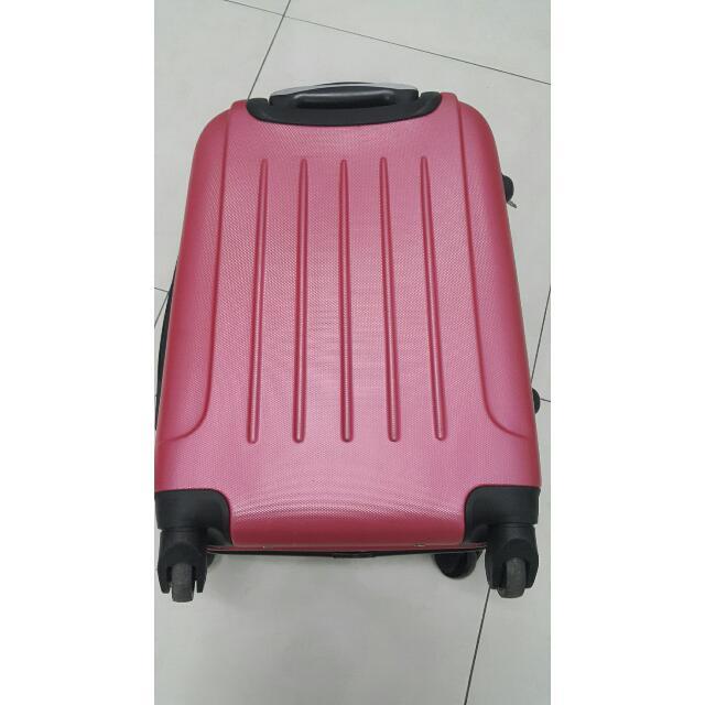 20吋桃紅色行李箱