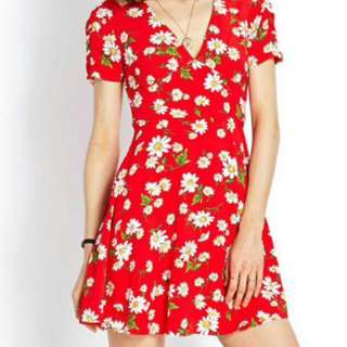 F21 Red Daisy Dress In Size S