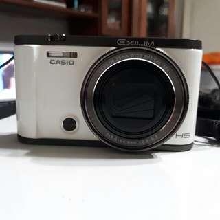 Casio zr3500 (白色)
