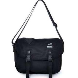 ORI ANELLO MESSENGER SLING BAG