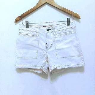 🔥降🔥簡約挺版米白短褲